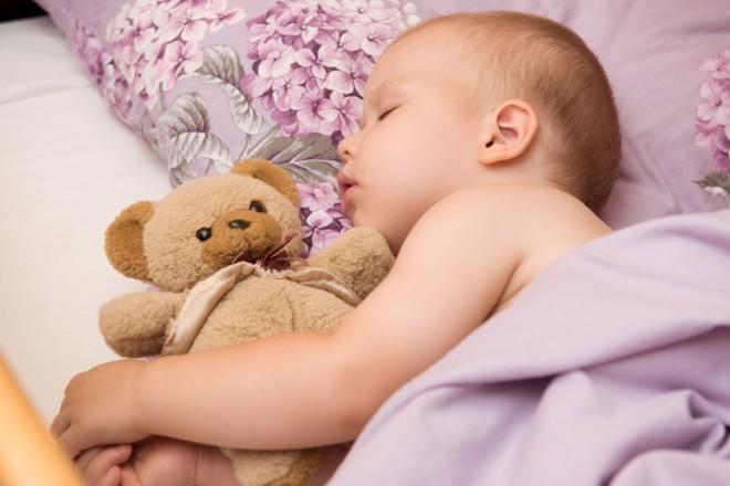 bebe dormido cosmetica natural